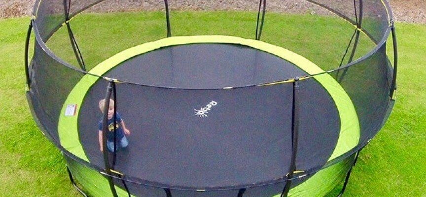 Review of Rebo 12ft trampoline with Halo II enclosure.
