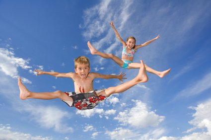 How to Entertain Kids to Stay on Trampoline – List of Trampoline Games