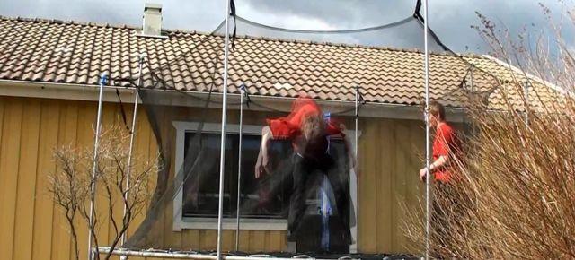 Jonathan Strom 2011 – Trampoline Tricks