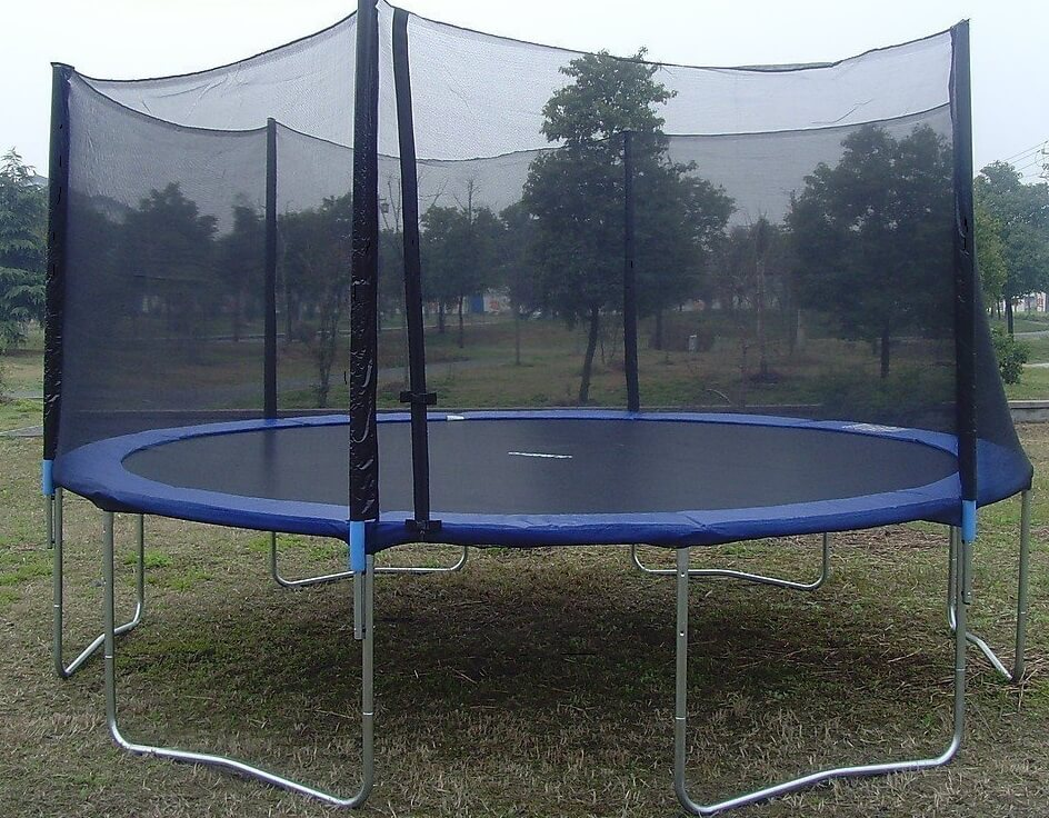 ExacMe 15 Ft Trampoline With Enclosure