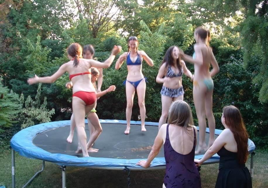 trampoline games - kids playing on trampoline