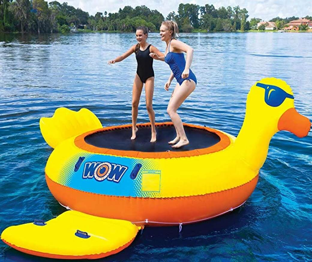 Inflatable water trampoline duck